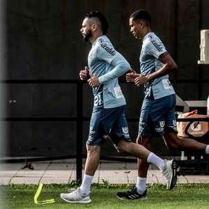 Com volta de trio, apenas três atletas do Santos ainda não retornaram