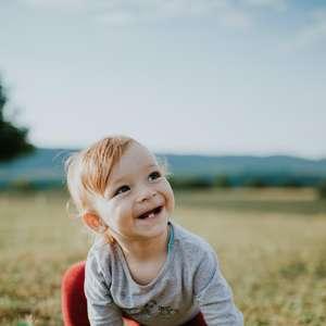 Sorriso do bebê causa efeito anestésico na mãe: mito ou verdade?