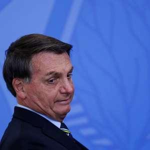 """Bolsonaro diz que projeto das Fake News """"não vai vingar"""""""
