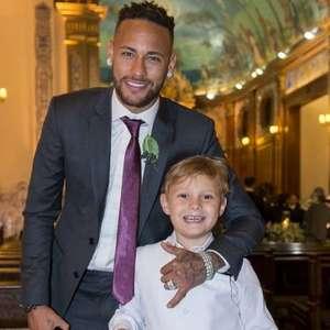 Neymar estreia no TikTok e faz dancinha com filho, Davi ...