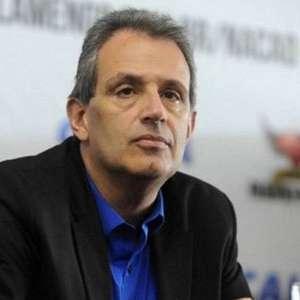 'É uma contribuição do Flamengo ao futebol', diz vice rubro-negro sobre MP que muda direitos de TV