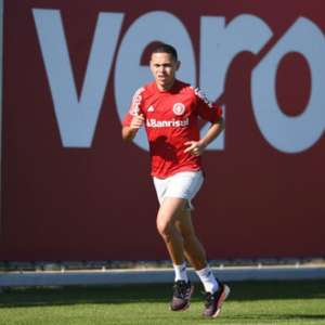 Marcos Guilherme exalta o protocolo de treino do ...