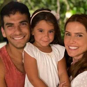Deborah Secco relata crise de choro com Maria Flor em ...