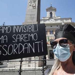 Pandemia aprofunda desigualdades na Itália, diz relatório