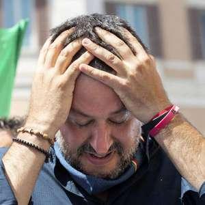 Salvini envia mensagem e orquídea para Bento XVI