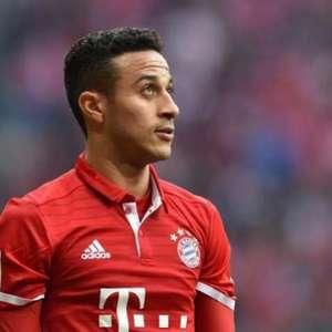 Rummenigge afirma: 'Thiago Alcântara quer sair do Bayern'