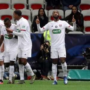 No Groupama Stadium, Lyon e Nice duelam em amistoso ...