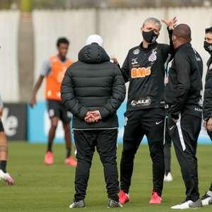 Tiago Nunes orienta primeiro treino posicional do ...