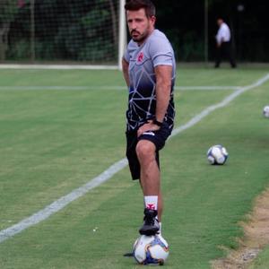 Após eliminação, Ramon Menezes passa a focar na ...