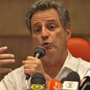 'É um valor bastante acessível. Não é fácil manter Gabigol, Bruno Henrique e Everton Ribeiro', diz Landim