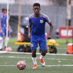 Destaque do sub-20, Norberto elogia preparação do Santos ...