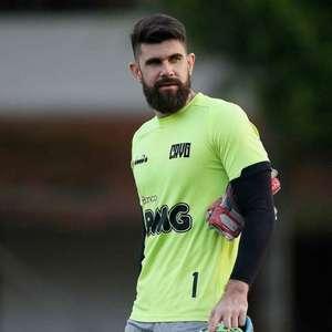 Fernando Miguel culpa mau início do Vasco pela ...