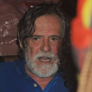 Zé de Abreu indenizará hospital sobre facada de Bolsonaro