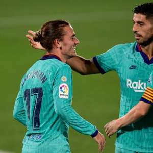Griezmann volta a marcar e Barcelona goleia o Villareal