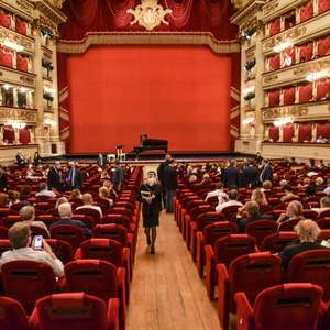 Com homenagem a Morricone, Teatro alla Scala é reaberto ...