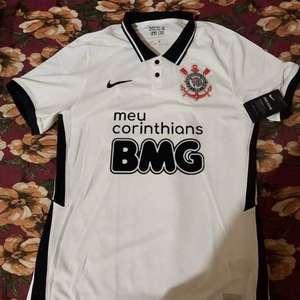 Patrocinador do Corinthians estuda mudar cor de logomarca no uniforme