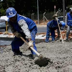 Venda de cimento no Brasil mantém crescimento em junho ...