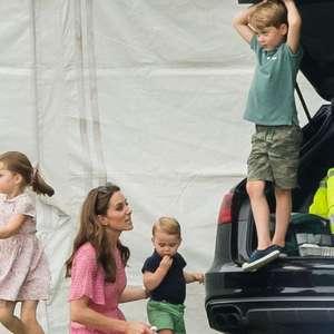 Kate entrega reação de George à competição dos filhos
