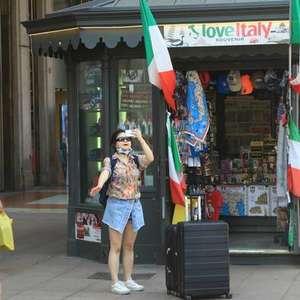 Depois de 2 dias, casos ativos na Itália voltam a cair