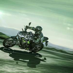 Kawasaki lança nova Z900 com mais tecnologia por R$ 45.990