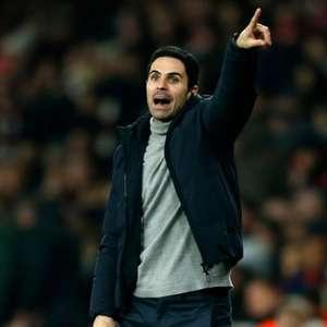 Mikel Arteta, técnico do Arsenal, reclama de não ...