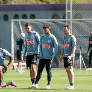 Corinthians volta a acumular três meses de atraso ...