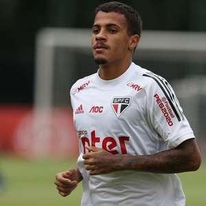 Diego comemora retiro do São Paulo em Cotia: 'Ótimas ...