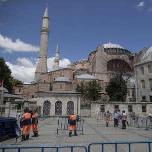 Turquia poderá converter Santa Sofia em mesquita