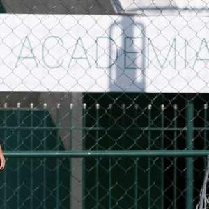 Promessa da base, atacante Gabriel Silva renova com o ...