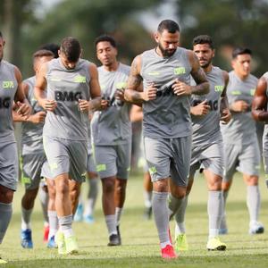 Dirigente do Vasco prevê venda de mais um jogador