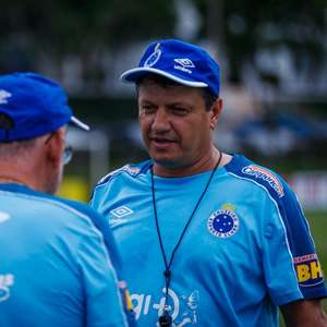 Ao L!, Adilson Batista relembra saída do Cruzeiro: 'Achei que faltou respeito comigo'