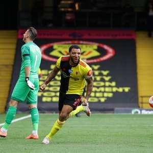 Com dois pênaltis, Watford vence o Newcastle pela ...