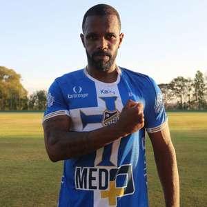 Ex-Palmeiras e São Paulo, atacante Tadeu assina com o ...