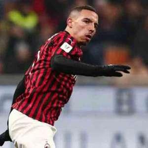 De olho no mercado, PSG tenta contratar Bennacer, do Milan
