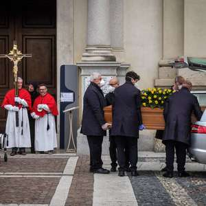 Bergamo pagará 500 euros para famílias de vítimas de Covid