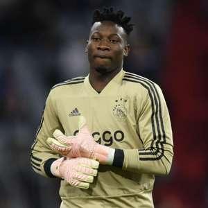 Apesar do interesse do Chelsea, Ajax busca manter Onana