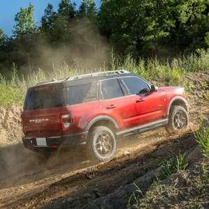 Ford lança o novo Bronco Sport, que chega ao Brasil em 2021