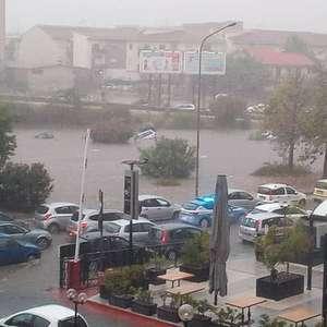 Enchentes deixam ao menos 2 mortos no sul da Itália
