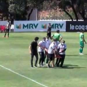 Diego Tardelli sofre ruptura de ligamento no tornozelo ...