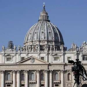 Vaticano publica novas diretrizes para combater pedofilia