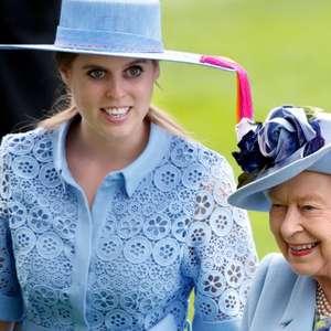 Vestido de noiva histórico! Look de Princesa Beatrice ...
