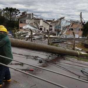 Ciclone extratropical causa tempestade no RS e em SC