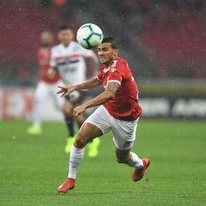 Guilherme Parede negocia empréstimo com o Vasco; ...