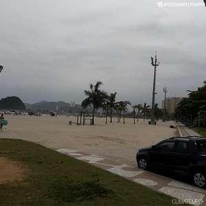 Frente fria provoca chuva volumosa no litoral de SP