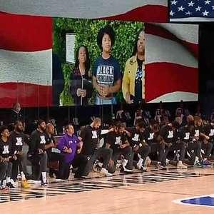 Mensagens políticas dão o tom no retorno da NBA