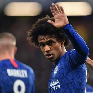 Barcelona faz proposta oficial pelo meia Willian, do Chelsea