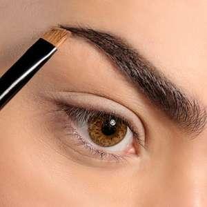 Como corrigir imperfeições nas sobrancelhas com truques simples