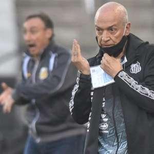 Jesualdo afirma que elenco do Santos está desiludido: ...