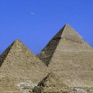 Egito rebate Elon Musk e reafirma que pirâmides não foram construídas por aliens