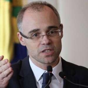 Ministro cancela audiência sobre dossiê contra antifascistas